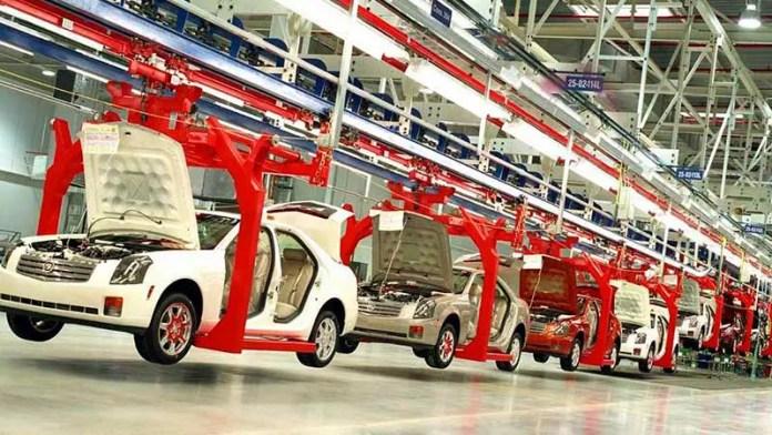 Nissan abre 2021 con la producción de los autos Kicks y March en su planta de Aguascalientes