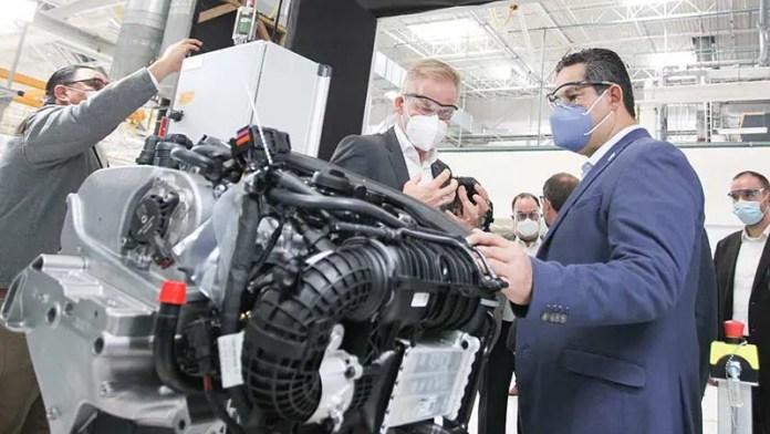 Inicia VW Silao producción de la SUV TAOS
