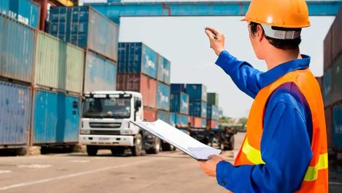 Canacar entrega reconocimientos para impulsar la profesionalización del autotransporte en México
