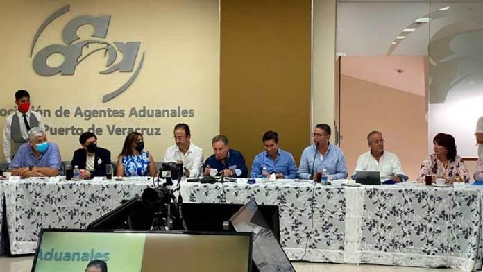 Celebran 96 años de la Asociación de Agentes Aduanales de Veracruz