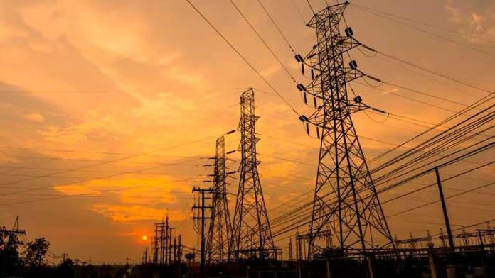 Especialistas tienen 'otros datos': reforma eléctrica va contra T-MEC
