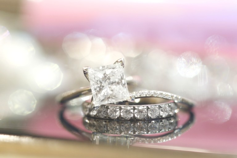 diamond engageement ring