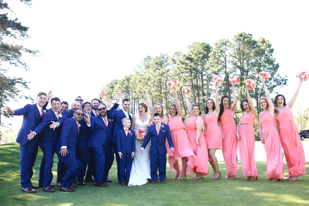 Bride and groom with bridesmaids and groomsmen at wedding in NJ in 2019