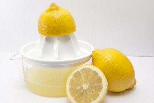 3. Χυμός λεμονιού