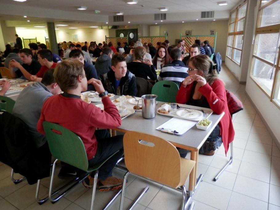 ecole forestiere de Meyac restaurant scolaire 2