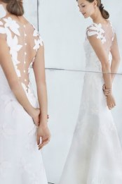 10-Carolina-Herrera-FW18-Bridal