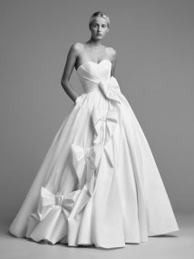 12-viktor-and-rolf-mariage-bridal-fall-2018