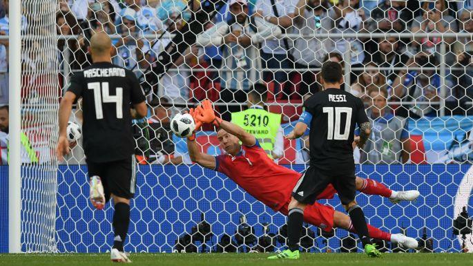 Lionel Messi vs Iceland.jpg