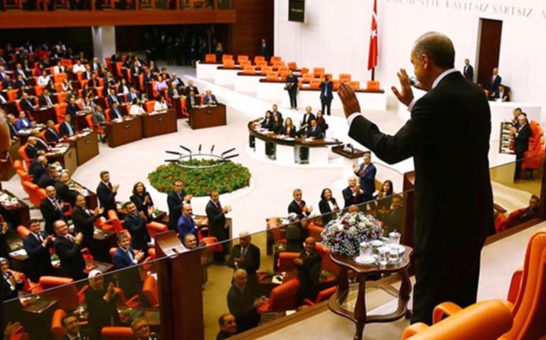 Mecliste anayasa tartışmaları ve önümüzdeki olasılıklar – Dr. Mustafa Peköz
