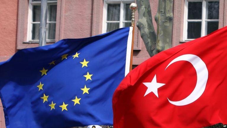 AB: Türkiye ve ABD arasında yaşanan Krizden dolayı endişeliyiz