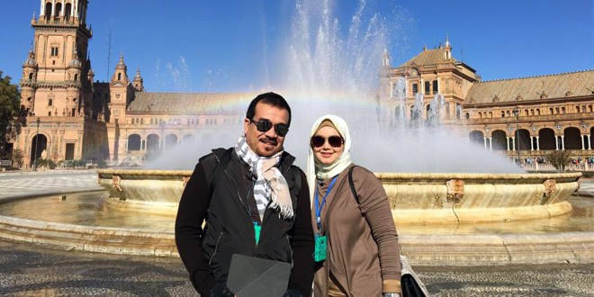 Dato Siti Nurhaliza and Dato Khaled show their support for the SMF project during the TV series recorded in Spain