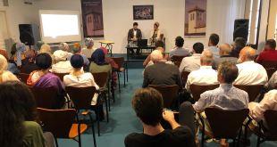 El hombre que va a la mezquita: La importancia de la mezquita en la sociedad moderna para los musulmanes y para el Da'wah