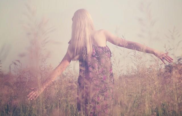 Existem maneiras superfáceis de se apaixonar por você mesma (Foto: Thinkstock)