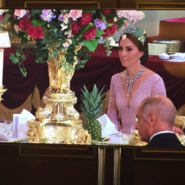 Kate Middleton no banquete real (Foto: Reprodução/Twitter PA Royal Reporters)