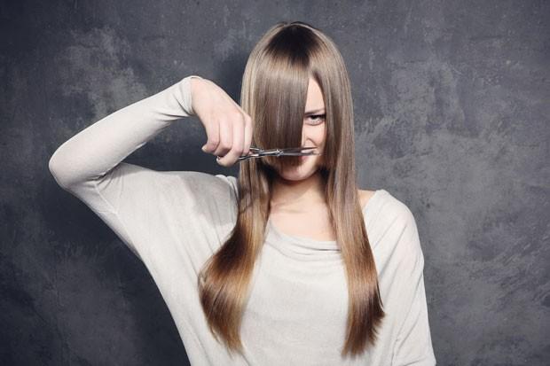 Descubra como as fases da lua podem influenciar no corte do seu cabelo (Foto: Thinkstock)