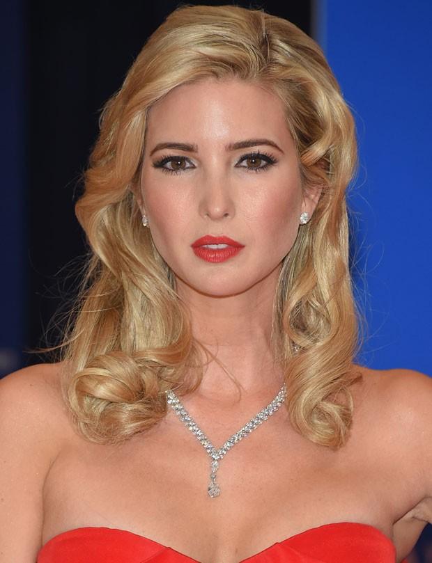 Mulheres têm pedido para ficar com a aparência de Ivanka Trump nos consultórios de cirurgia plástica (Foto: Getty Images)