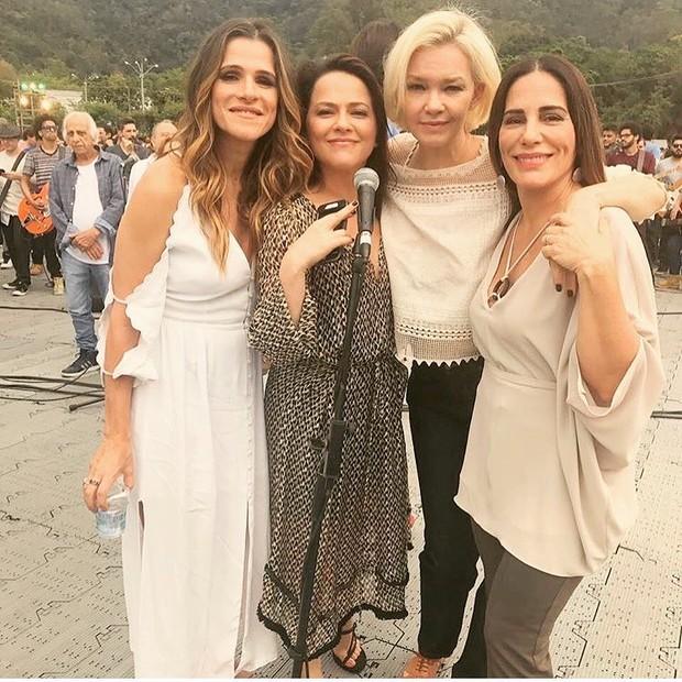 Ingrid Guimarães, Vivianne Pasmanter, Julia Lemmertz e Glória Pires, juntas, em festa da Rede Globo (Foto: Reprodução Instagram)