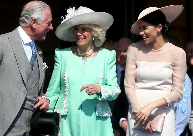 Príncipe Charles, Camilla e Meghan Markle (Foto: Getty Images)