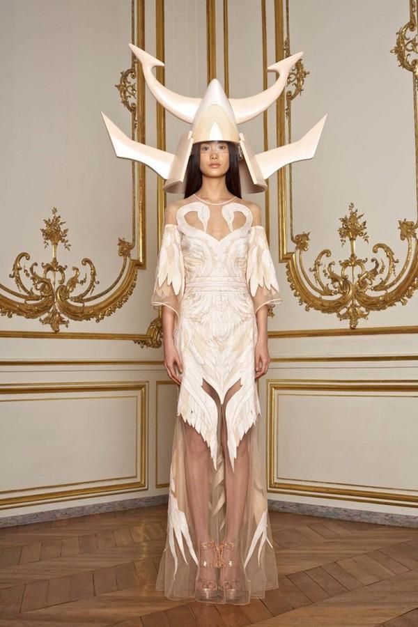 Givenchy - verão 2011 alta-costura (Foto: Divulgação)