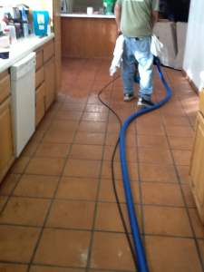 Long Beach Tile and Grout Cleaners