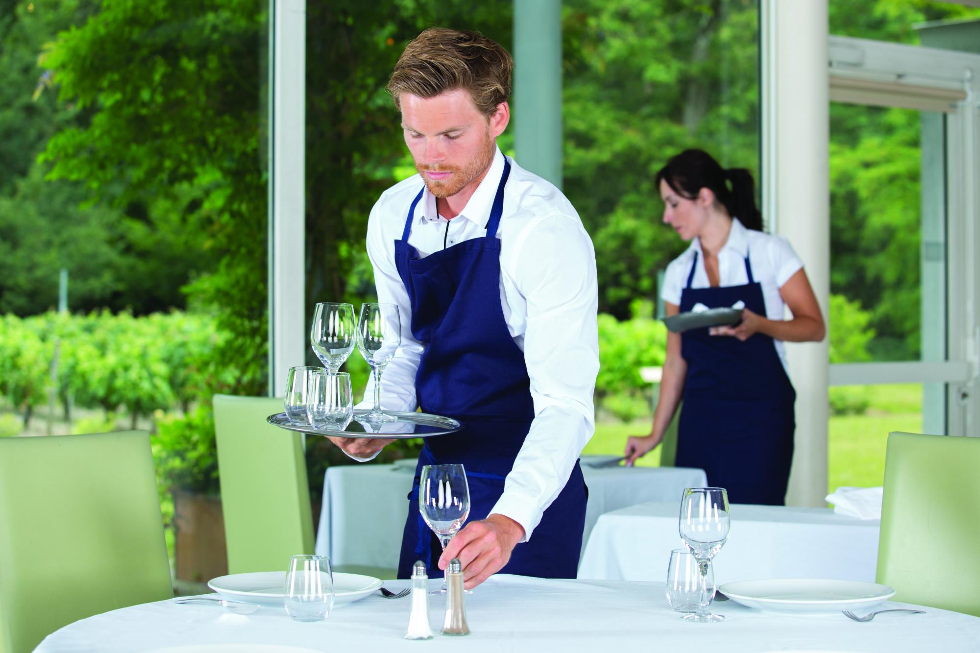 Titre professionnel service en restauration