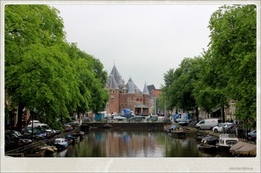 the buildings are amazing in amsterdam
