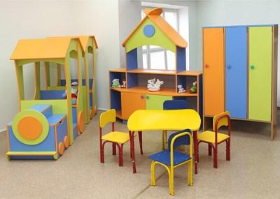 О некоторых важных характеристиках специализированной мебели для детей.