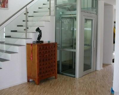 Лифт в коттедж — в чем необходимость?