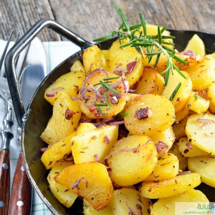 طريقة عمل  بطاطس مقلية مع البصل