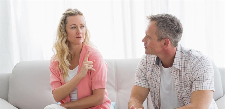 علامات خفية لتعرفي أن زوجك يأسف لخيانتك