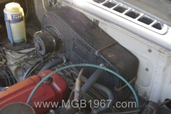 1967_MGB_GT_engine_004