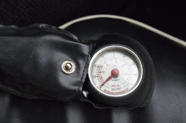 Cool Reifendruckmefigerat tire pressure gage