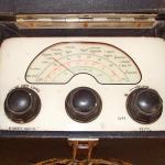 MG 1940's Portable Valve Radio by Roberts Radio dial