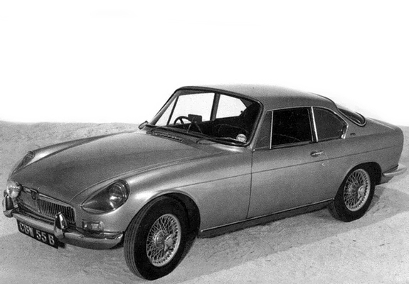 Aftermarket hardtops for the MGB Roadster | 1967 MGB GT