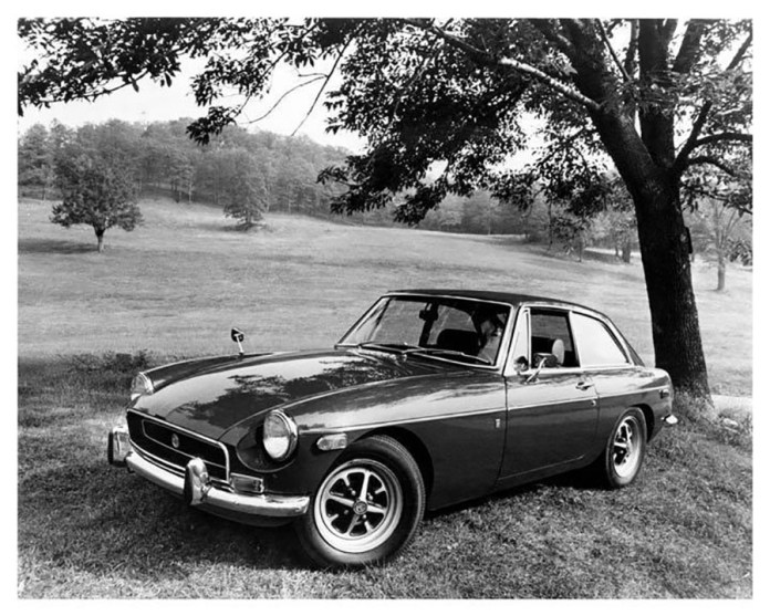 1971 MG MGB GT Promo Photo