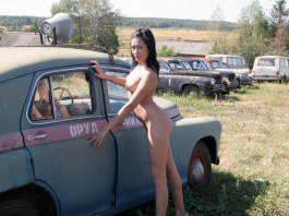Another WTF Russian babe photo
