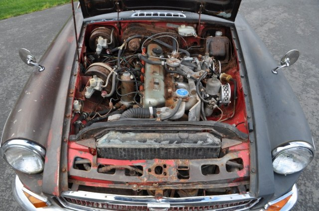 1968 MGC GT project engine
