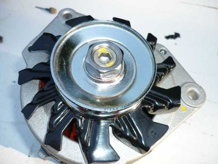 AC Delco with chrome pulley