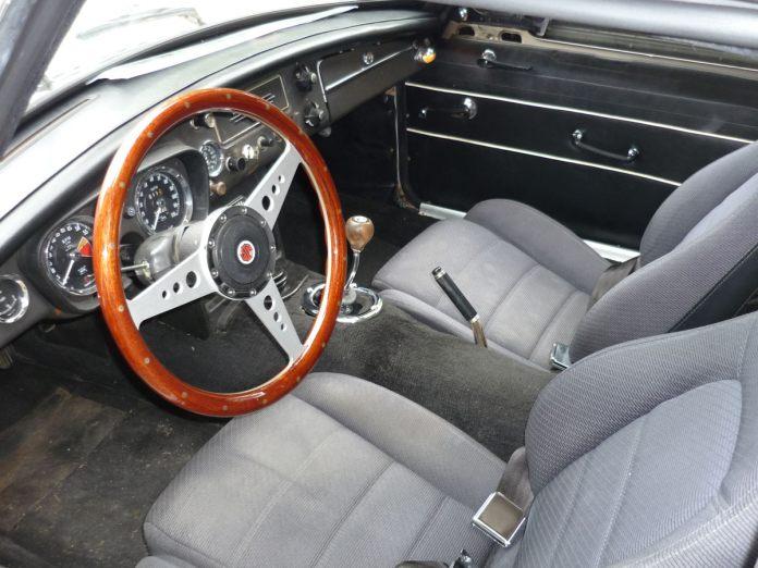 1990 Mazda Miata seats in the 1967 MGB GT