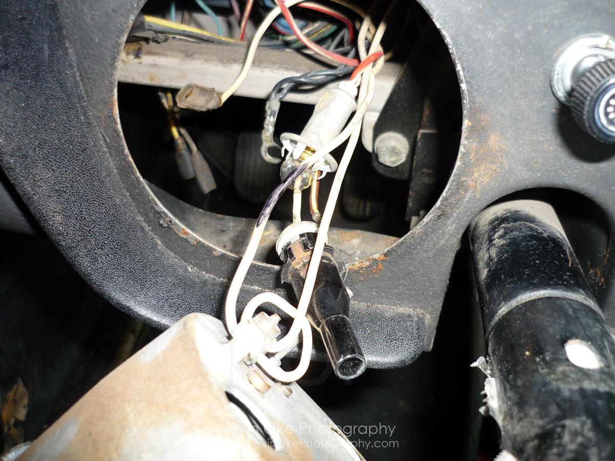 Removing Smiths tachometer form an MGB GT | 1967 MGB GT1967 MGB GT