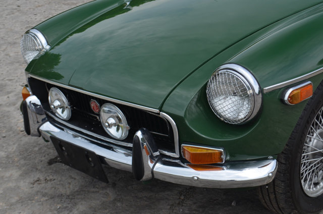1970 MGB GT front with Lucas driving lights