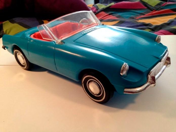 Tammy's 1963 MGB Roadster