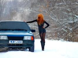 Lada VAZ girl in the snow