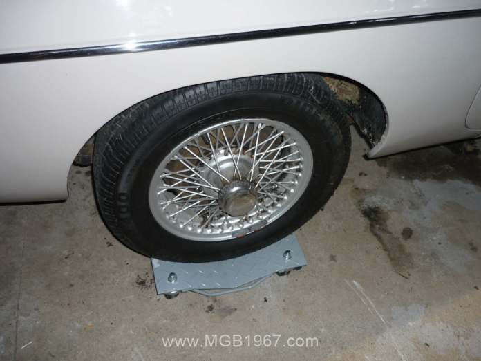 1967 MGB GT vehicle dolly
