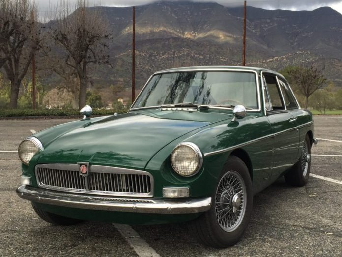1967 MGB GT on Bring a Trailer | 1967 MGB GT