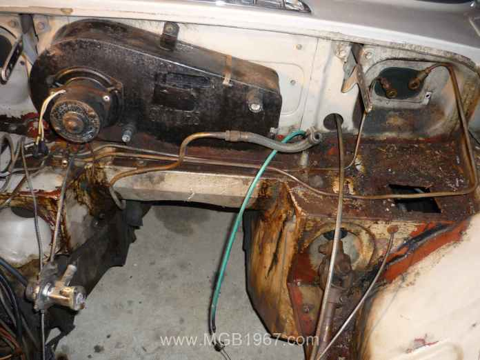 Filthy MGB GT engine compartment