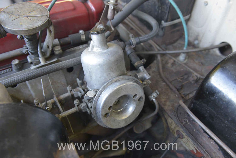 MGB carburetor feel good photo | 1967 MGB GT