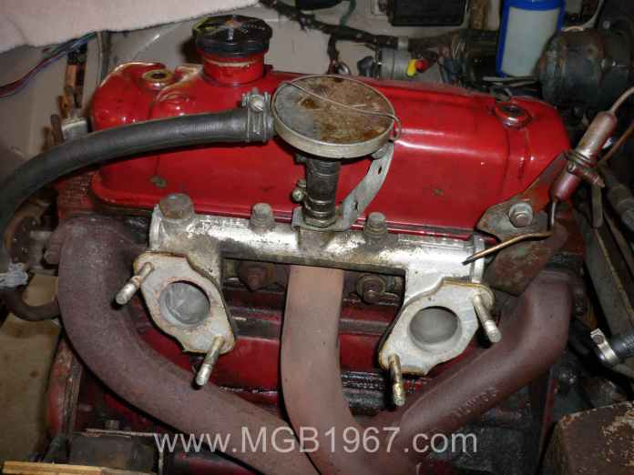 1967 MGB GT 18GB intake and exhaust manifolds with PCV