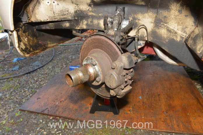 Rusty MGB GT front brakes