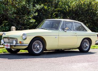 1967 MGB GT Primrose